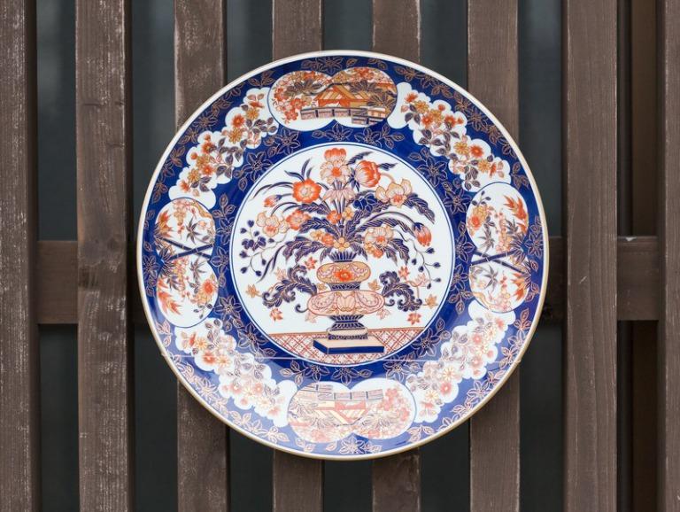 伊万里焼の美しいお皿
